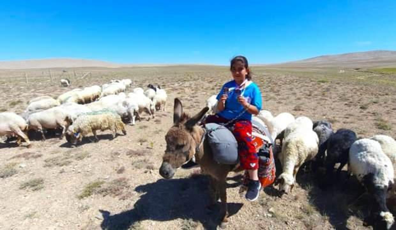 Koyun otlatırken yaptığı antrenmanla badmintonda altın madalya kazandı!