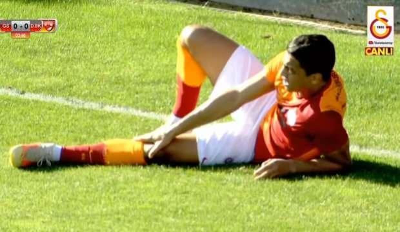 Mustafa Muhammed oyuna devam edemedi!