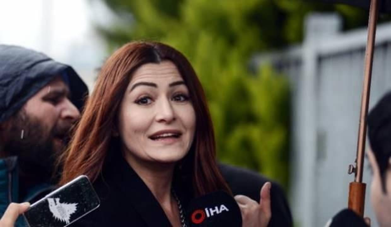 Deniz Çakır başörtülü kadınlara hakaret davasında beraat etti