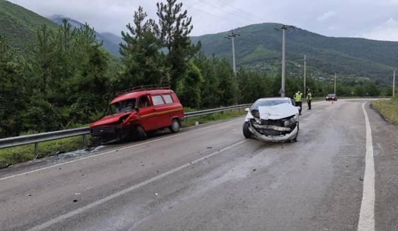 Karabük'te 4 ayrı trafik kazası: 2'si çocuk biri ağır 8 yaralı