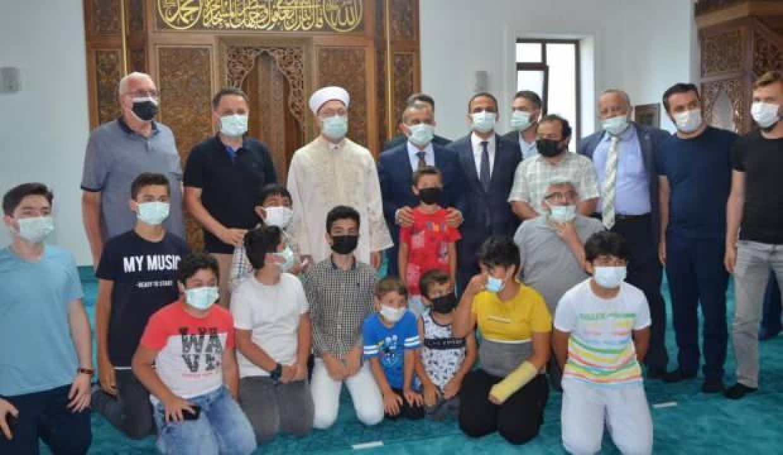 Diyanet İşleri Başkanı Erbaş: Camiler sadece namaz kılınan yer değil