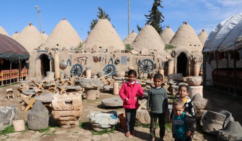 Şanlıurfa'nın turizm merkezlerine turist akını