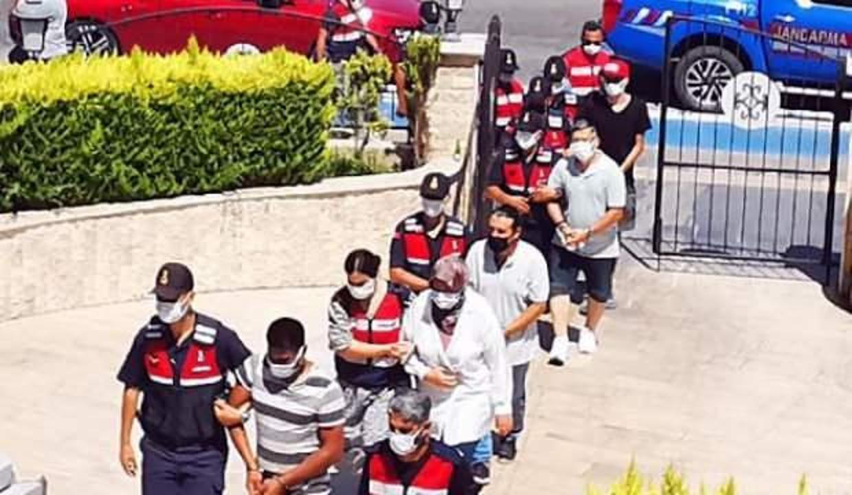 Jandarma ve MİT'ten FETÖ operasyonu: Yakalandılar