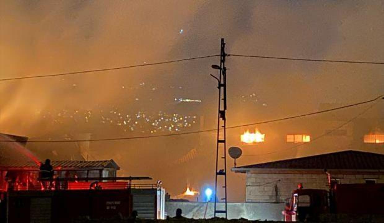 Kahramanmaraş'ta tekstil fabrikasında çıkan yangın 5 tesise sıçradı