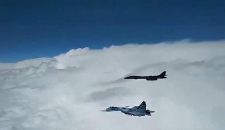 Karadeniz'de gerilim: Havada karşı karşıya geldiler!
