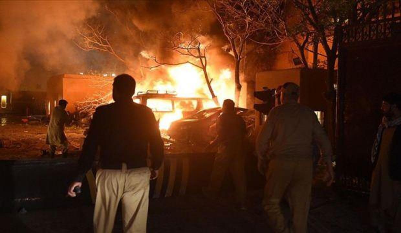 Pakistan'daki patlamanın ardından trafik kazası çıktı