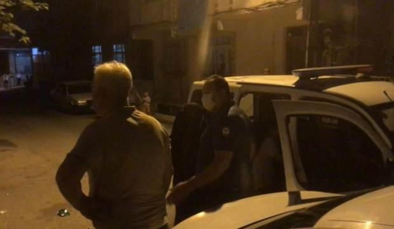 Çocuğunu tavana asıp dövdüğü iddia edilen babaya soruşturma