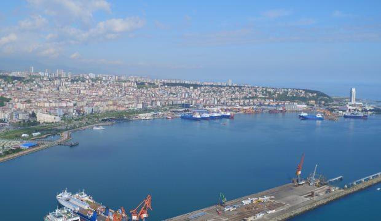 Samsun'da yasak bölgede denize girenlere para cezası