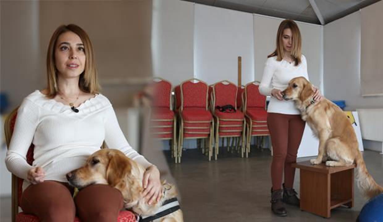 Görme engelli öğretmen rehber köpeği sayesinde özgürce yaşıyor!