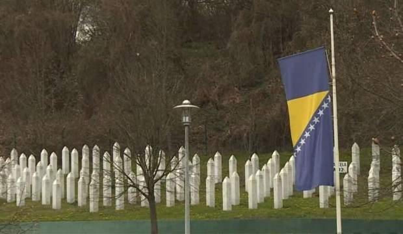 Bosna Hersek'te soykırımın inkarı bugünden itibaren suç sayılacak