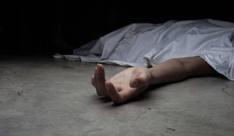 Hindistan'da kot pantolon giydiği için ailesi tarafından dövülen genç kız ölü bulundu