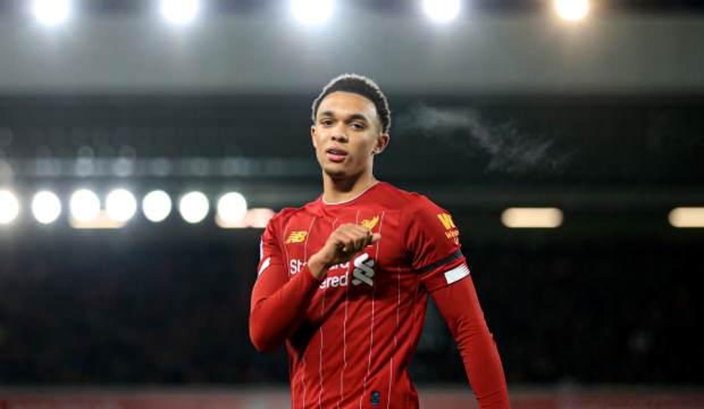Liverpool, Alexander-Arnold'ın sözleşmesini uzattı