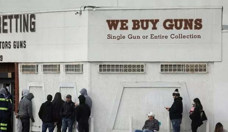 """Oklahoma'da kapısına """"Müslümanlar giremez"""" yazılan atış poligonu satışa çıkarıldı"""