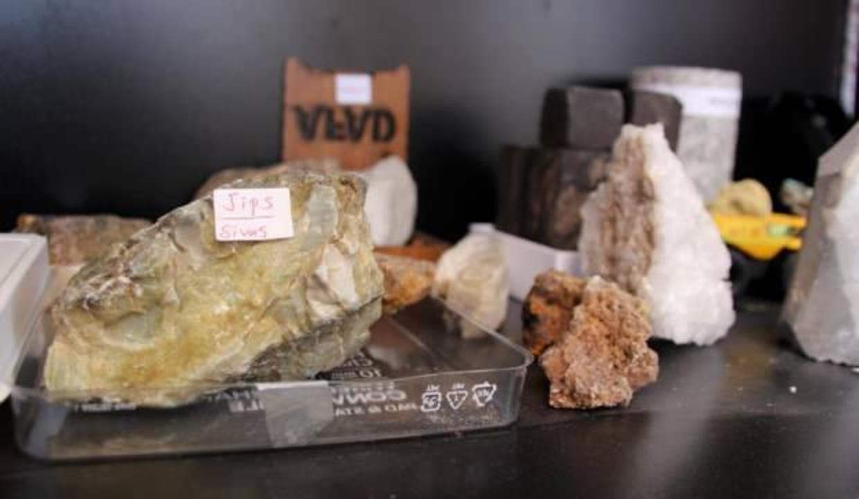 Dünya bütçesinin 136 bin katı değerinde maden uzayda bizi bekliyor