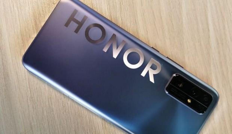 Honor anavatanında pazar payını yükseltti