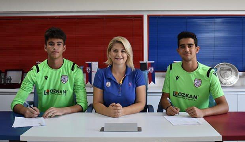 Mert Furkan ve Arif Şimşir'e profesyonel sözleşme