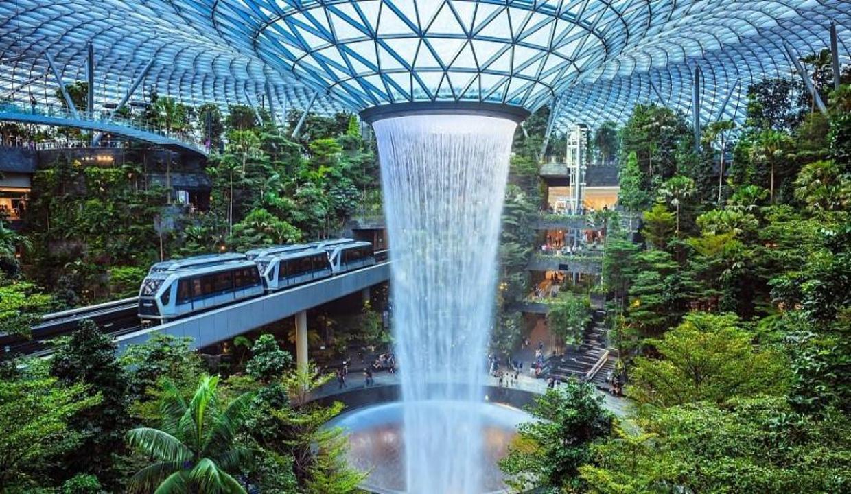 Dünyanın en görkemli havalimanları