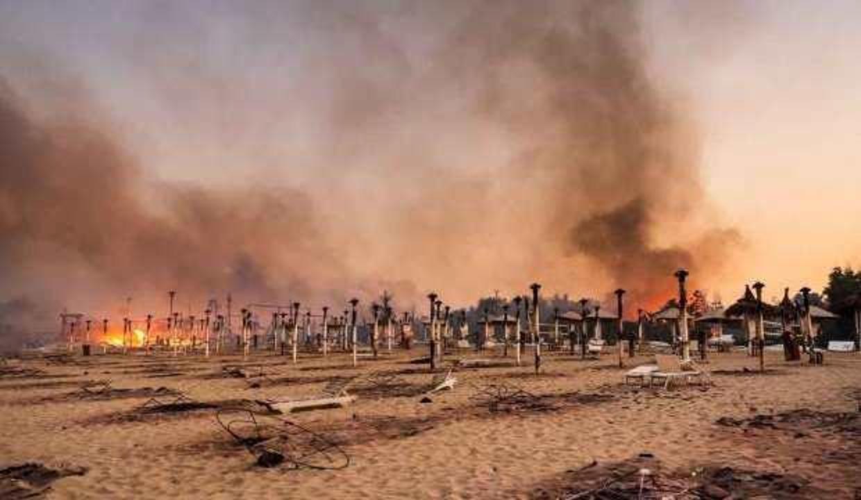 Yangınların sürdüğü İtalya'da sıcaklık rekoru