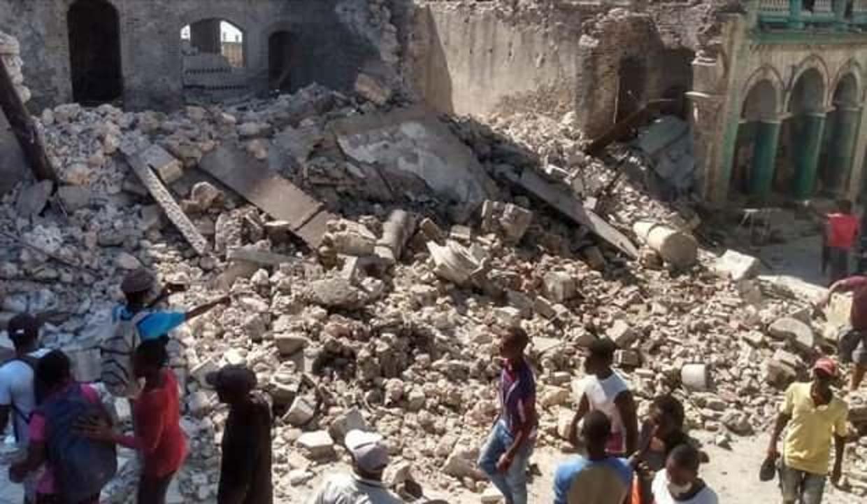 Haiti açıklarında meydana gelen depremde ölenlerin sayısı 1419'a yükseldi