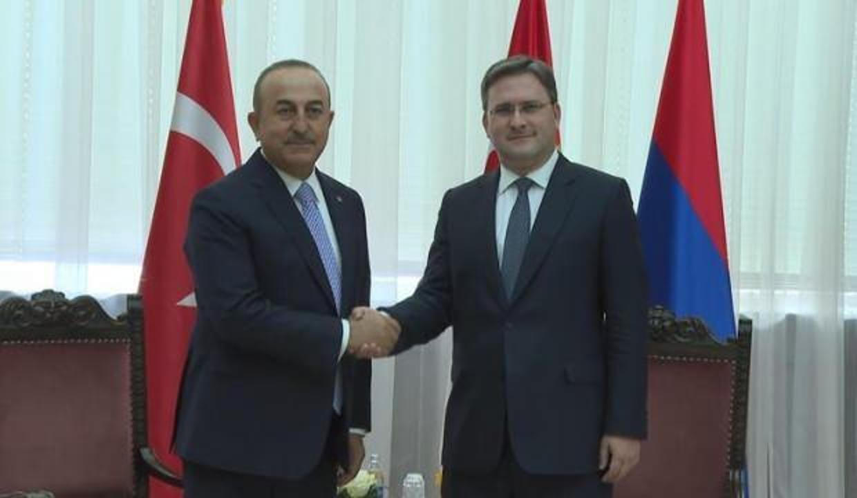 Türkiye ve Sırbistan arasında karşılıklı aşı sertifikası anlaşması