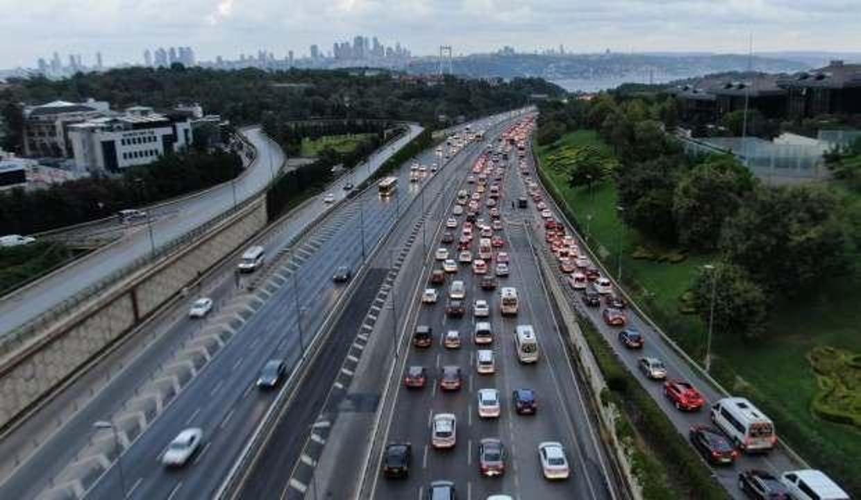 Son dakika haberi: İstanbul'da sağanak! Trafik kilitlendi