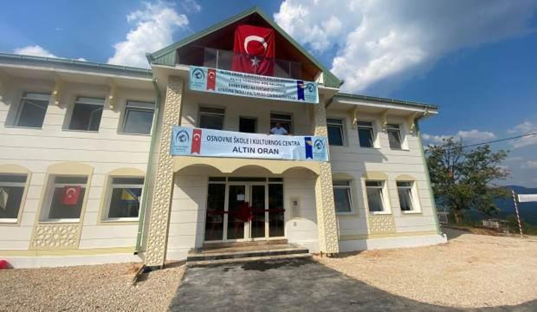 Altın Oran Derneği Bosna'da ilkokul ve kültür merkezi açtı