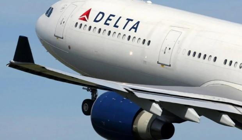 Delta Air Lines'ın 200 dolarlık cezası, bin çalışanının aşı olmasını sağladı