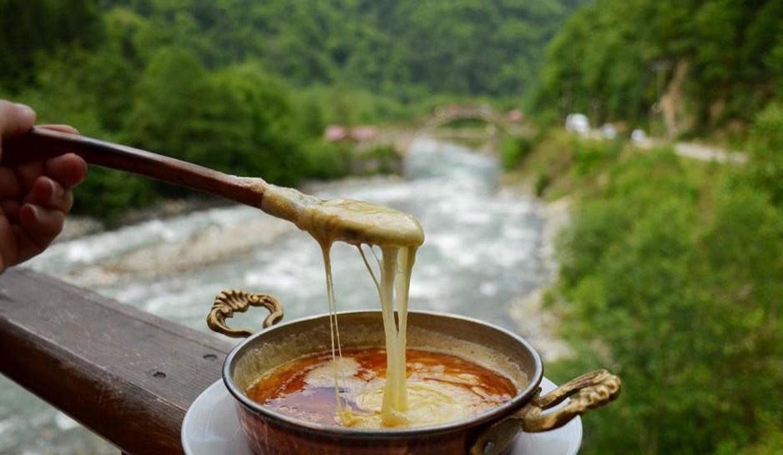 Karadeniz'in meşhur yemekleri nelerdir? Karadeniz gezisinde ne yenir?