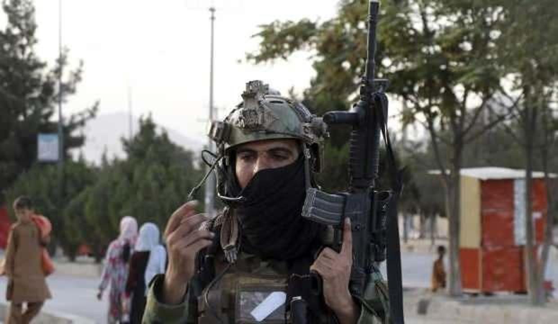 Taliban'dan düzenli ordu hamlesi: Resmen duyurdular