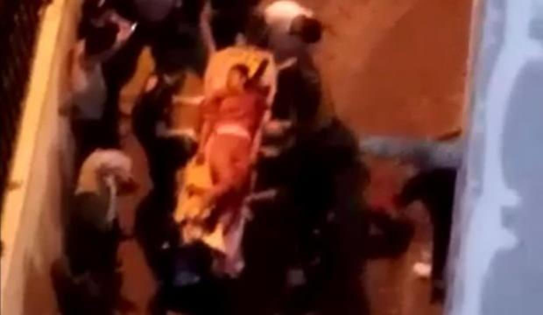 Zeytinburnu'nda sokak ortasında kadın cinayeti