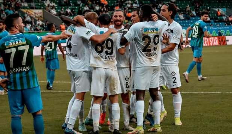Altay, Rizespor'u deplasmanda devirdi!