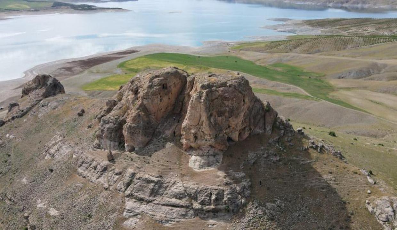 Bu kale Urartular'a ait! İlk günkü ihtişamını koruyor