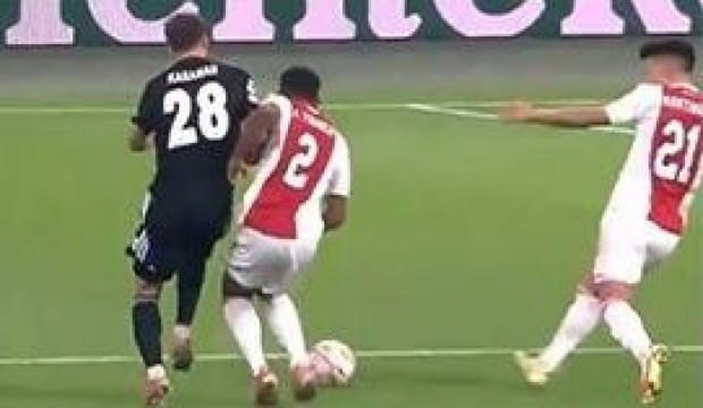 Ajax - Beşiktaş maçında skandal karar!