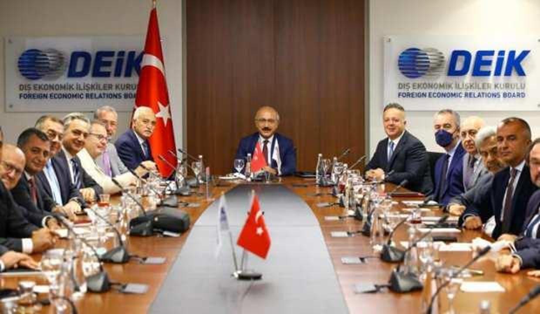 Bakan Elvan, DEİK Başkanı Olpak ve beraberindeki heyeti kabul etti
