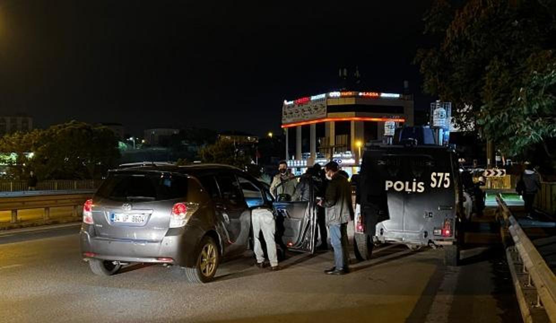 Denetim noktasından kaçan araçtan polise silahlı saldırı