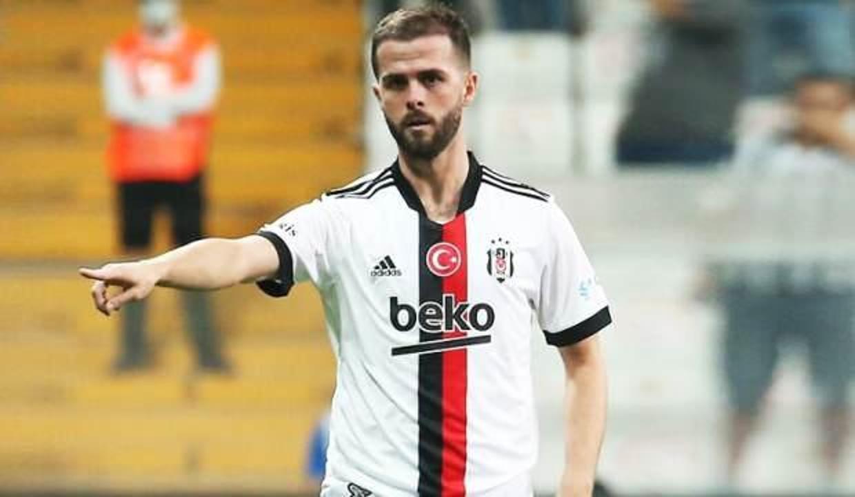 Miralem Pjanic'ten Beşiktaş'a kötü haber!