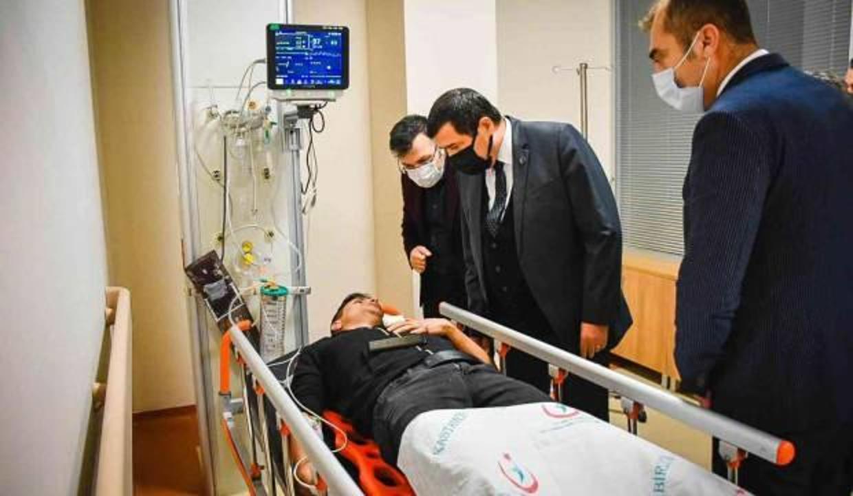 Vali Çakır, kazada yaralanan 12 polisin son durumunu açıkladı