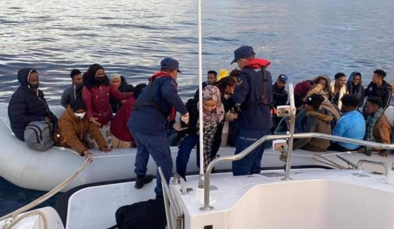 Yunan unsurlarınca geri itilen 67 düzensiz göçmen kurtarıldı
